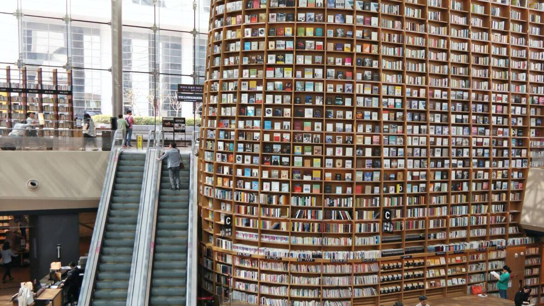 """Best business books"" – FT"